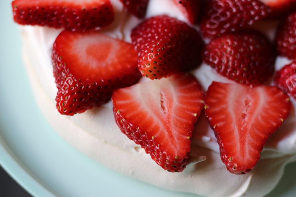 Pavlova Cake - strawberries